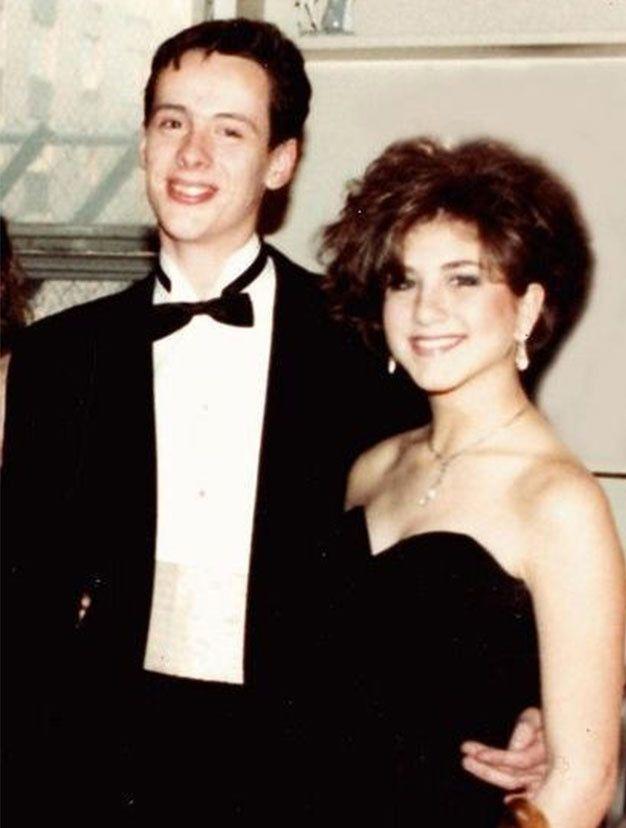 Jennifer Aniston jeune au bal de promo