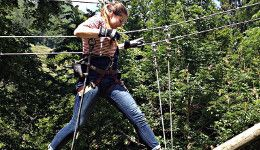 Surval girls try tree top assault course. Read more about this on the website of one of the best boarding schools: http://www.surval.ch/boarding-school/news/bank-holiday-tree-top-fun