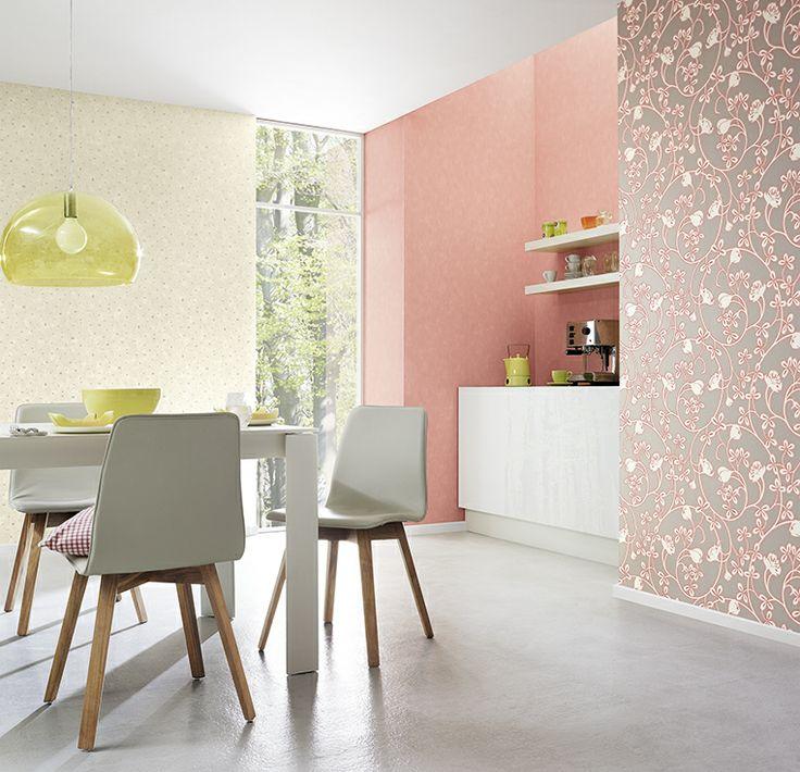 Nydelig rosa i Glossy-tapetkolleksjon fra Fantasi Interiør. www.fantasi.no