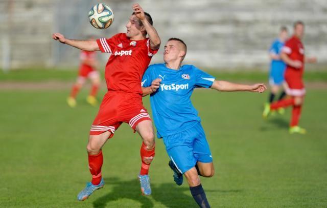 Polonia Przemyśl wygrała 2-0 z trzecioligowym Sokołem Sieniawa w meczu sparingowym.