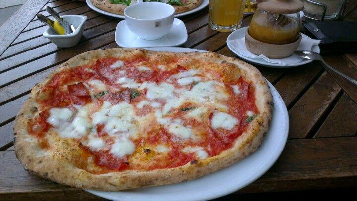Ambiente Pizza Nuova