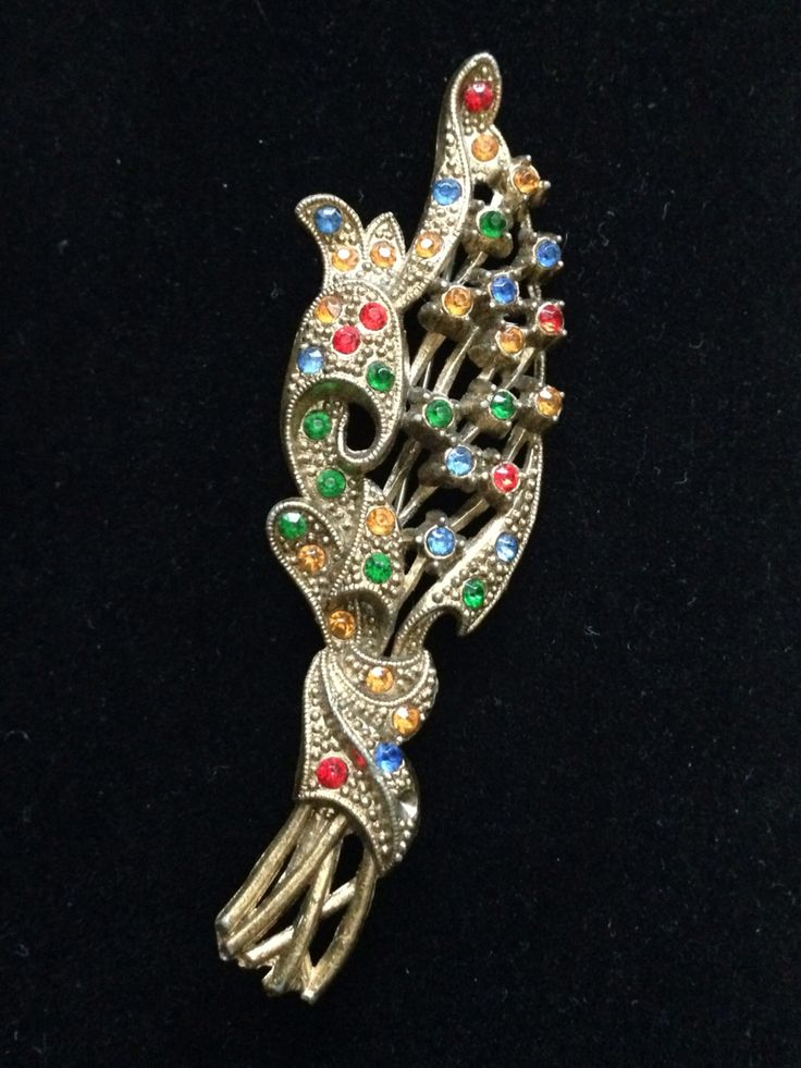 Vintage Costume Jewellery Brooch, Unmarked.