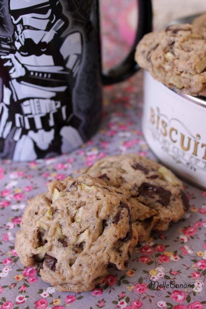 Hier pour le goûter j'ai fait des cookies mais pas n'importe lesquels ceux du livre WW ouais des cookies light délire ;) Je suis très difficile sur les cookies et je trouve souvent à redire quand j'en mange ;) Pour être honnête je suis partie avec un...