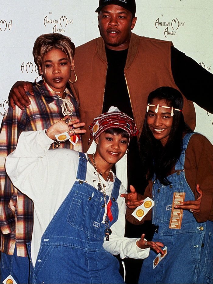 These 90s Female Singers Gave Us The Best Trends 90s Hip Hop Fashion 90s Fashion Trending 90s Female Singers