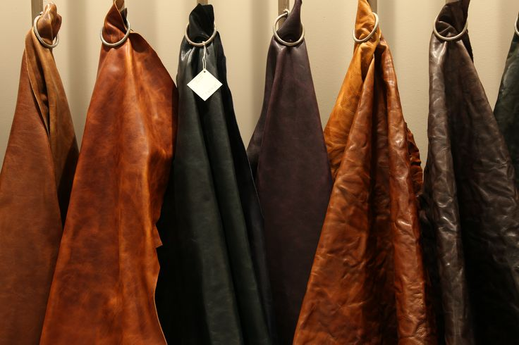 LINEAPELLE fair leather trends and colors #chestnut #tobacco #dark tones #fallwinter 2017-2018 edition at Rho Fiera Milano