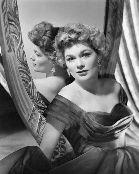 Jean Hagen, c.1948, forever beloved for her brilliant portrayal of Lina Lamont in Singin' in the Rain, but also excellent in John Huston's The Asphalt Jungle
