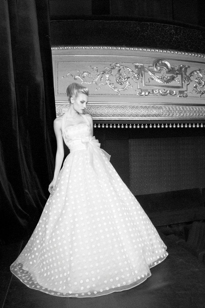 polka dot wedding dress :)  Amy you should find a polka dot dress to try! :)