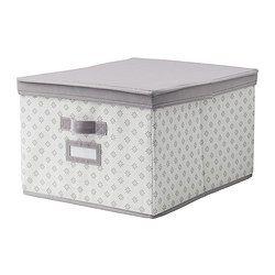 IKEA - SVIRA, Eske med lokk, grå/hvit blomster, 39x48x28 cm, , Du kan enkelt nå innholdet siden lokket kan brettes åpent.Enkelt å dra ut og flytte esken siden den har håndtak.Beskytter klær og sengetøy mot støv.Etikettholderen hjelper deg med organisere og finne tingene dine.