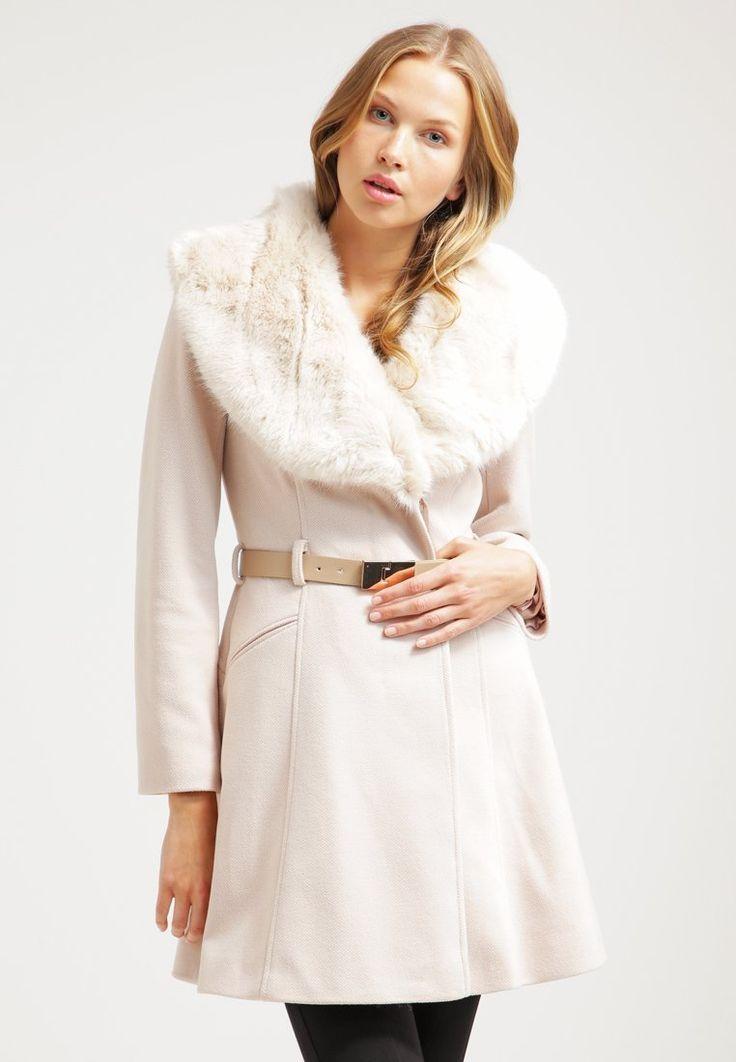 89 best winter clothes images on pinterest fall winter. Black Bedroom Furniture Sets. Home Design Ideas