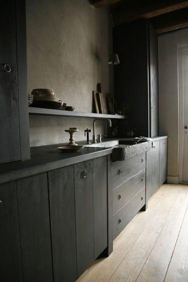 kitchen in black, nice sink