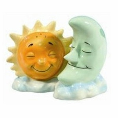 sun & moon salt and pepper shakers!!