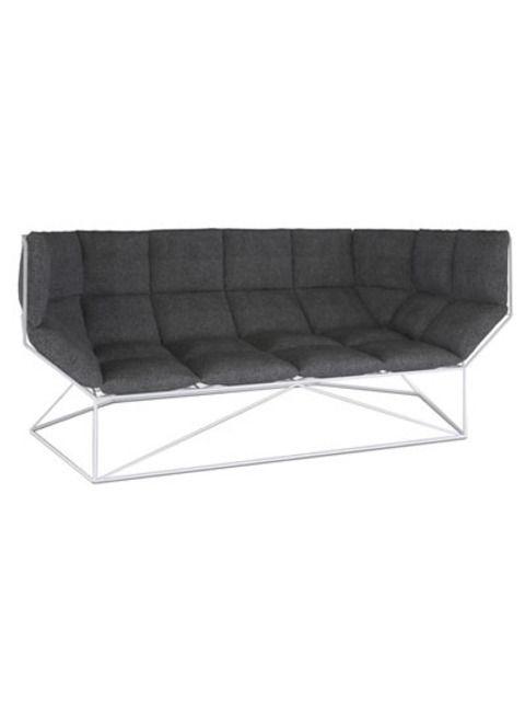 Bank Foxhole van spHaus, ontwerper: Nathan Yong    7x de tafel gedekt op z'n Scandinavisch >