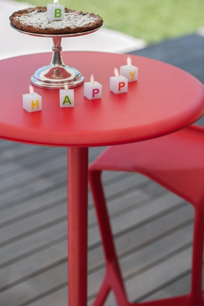 PLANK MIURA stool and table, design Konstantin Grcic.