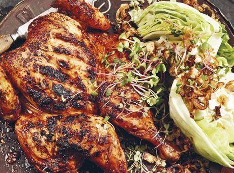 Deník Dity P. - Grilované kuře s ledovým salátem s modrým sýrem a cibulkou