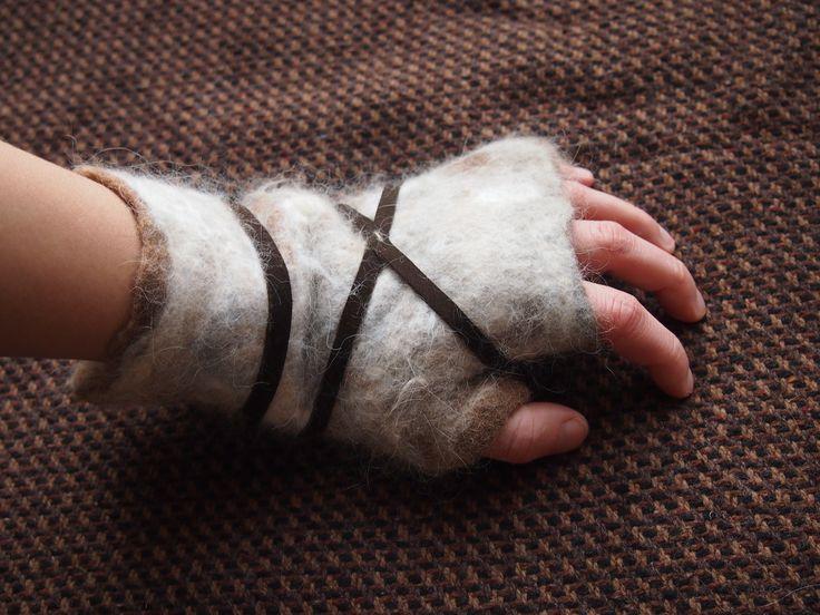 barbarian mittens