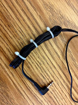3rd Grade Thoughts: Listen to Reading Tip: Headphone Cord Management