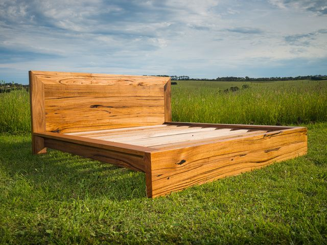 best  about Recycled timber bed on Pinterest  Furniture