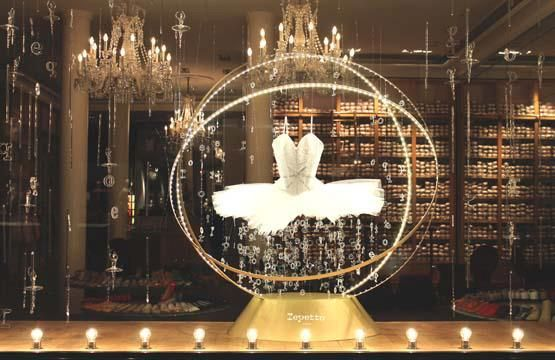 Repetto Holiday window