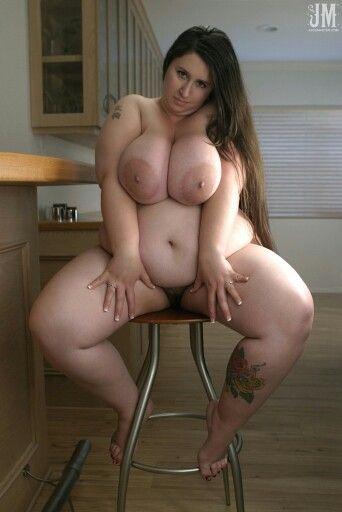 Beautiful curvy women amateurs