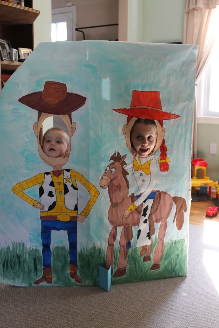 Woody and Jessie cut-outs photo op