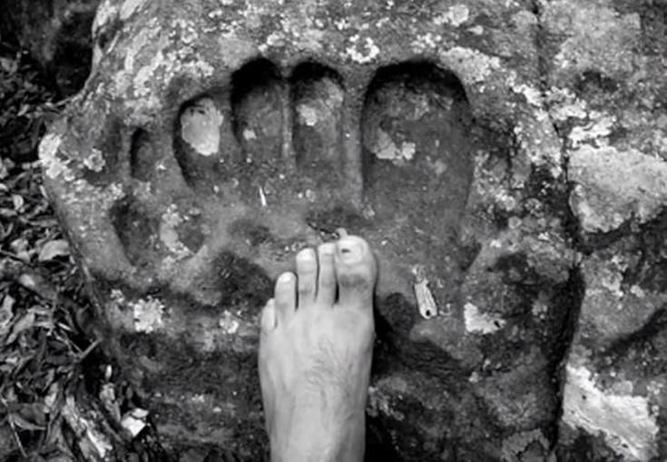 Giant Footprints found around the World