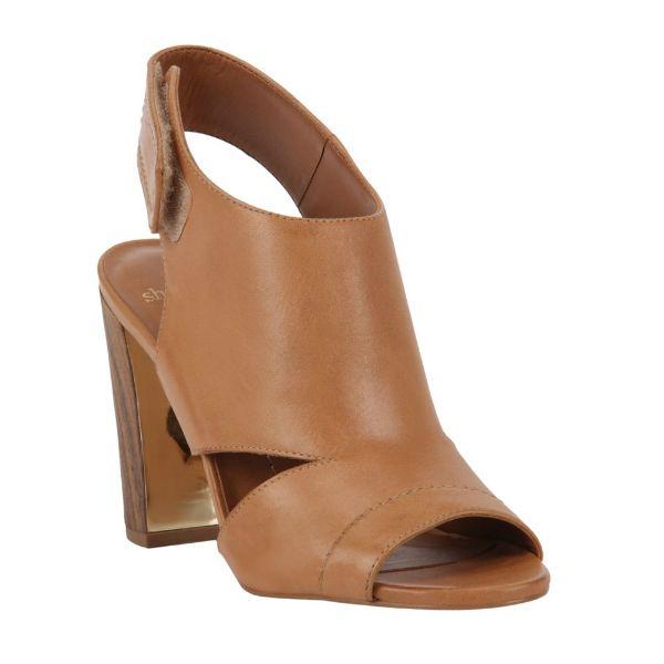 Salto + conforto! #shoestock #bestsellers #sandal #caramelo #tendencia - Ref 15.07.2083