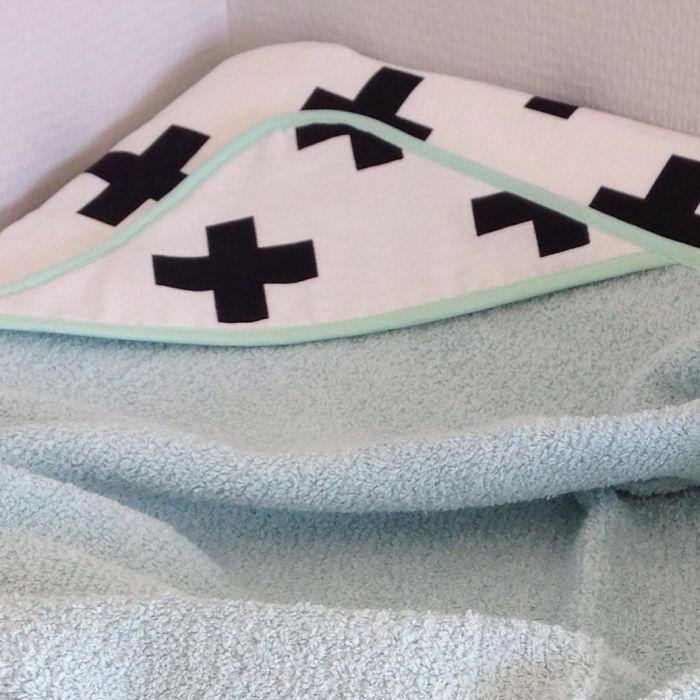 Aankleedkussenhoes en badcape (wafelbadstof)