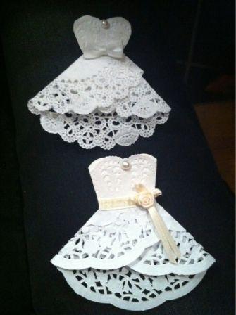 Si quieres realizar los recuerdos de la fiesta de 15 años con tus propias manos puedes optar por estos vestidos de quinceañeras con blondas.: