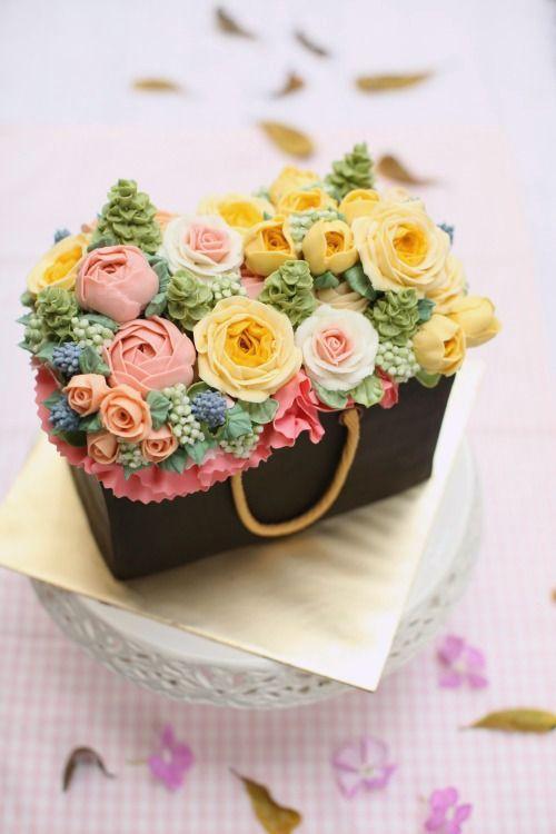Untuk tempahan sila wassap 017 7279179 Sesuai untuk hantaran perkhawinan, pertunangan mahupun ulang tahun.