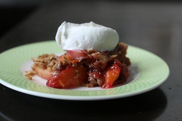 nectarine blackberry almond crisp | Dessssssserts | Pinterest