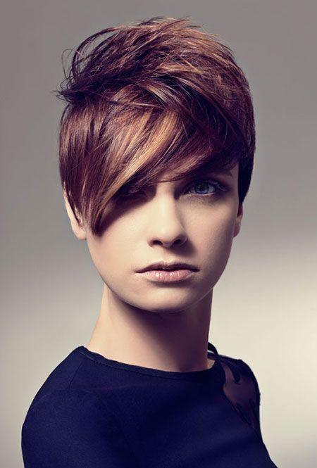 Kies eens voor een warme Karamel kleur in jouw haar! Laat je ook inspireren door deze 13 super vrouwelijke korte kapsels in een Karamel kleur. - Pagina 2 van 13 - Kapsels voor haar