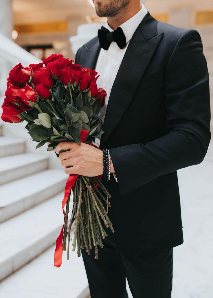 Картинка муж с букетом
