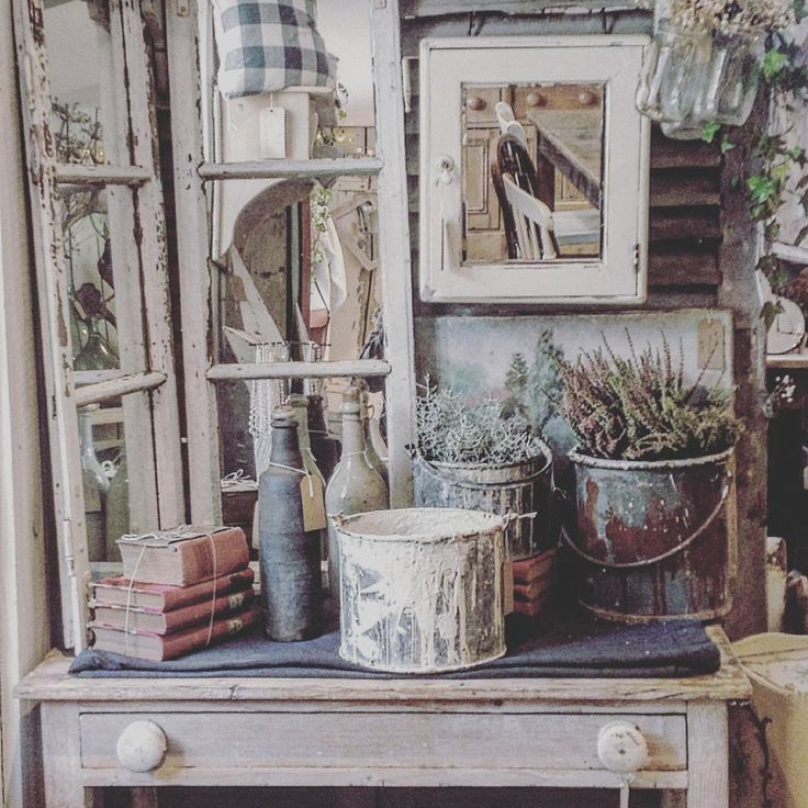 Happy Sunday everyone! Another pic from lovely @weatheredandworn which I just happened to pop back to yesterday to purchase a gorgeous mirror - saw it earlier in the week and been obsessing about it ever since - know that feeling? Xx #weatheredandworn #vintageshopping #vintagedecor #vintagefinds #shabbychicstuff shabby_chichomes #rusticdecor #brocantestyle #frenchantiques #teashop