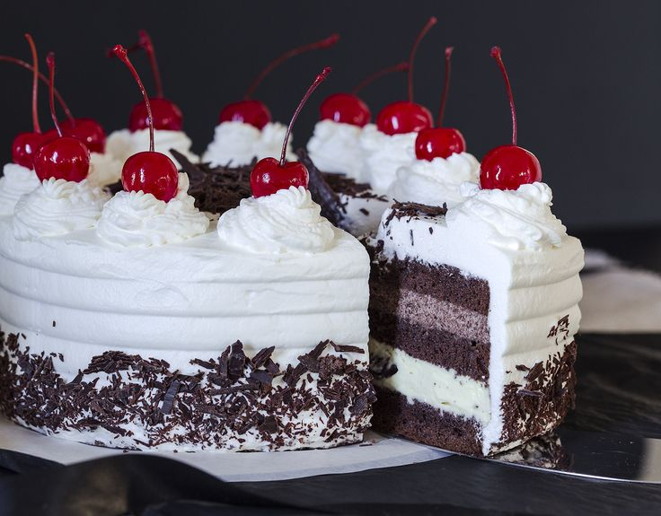5 Delicious Desserts For Christmas: Black Forest Cake
