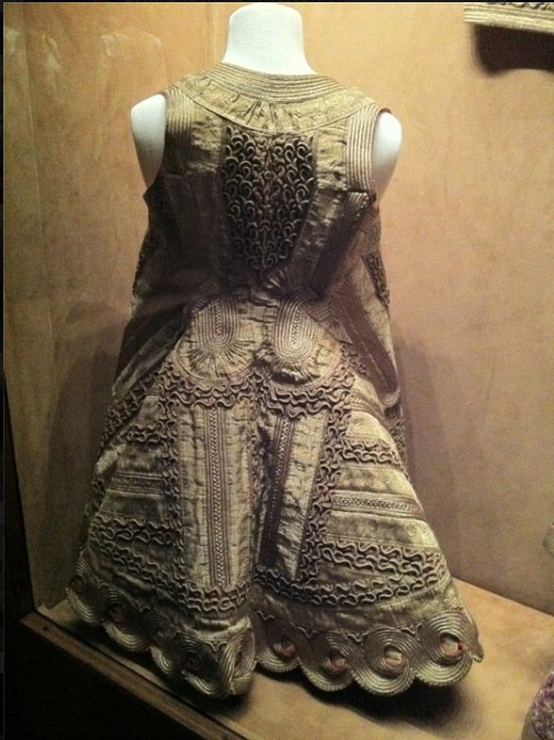 19th century Ottoman woman's vest at Sadberk Hanim museum, #Istanbul. photo by @Anastasia Ashman