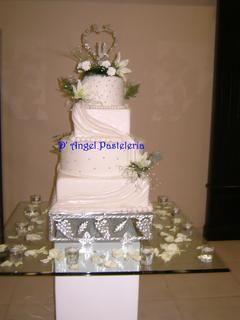 Tarta fondant para bodas o comuniones