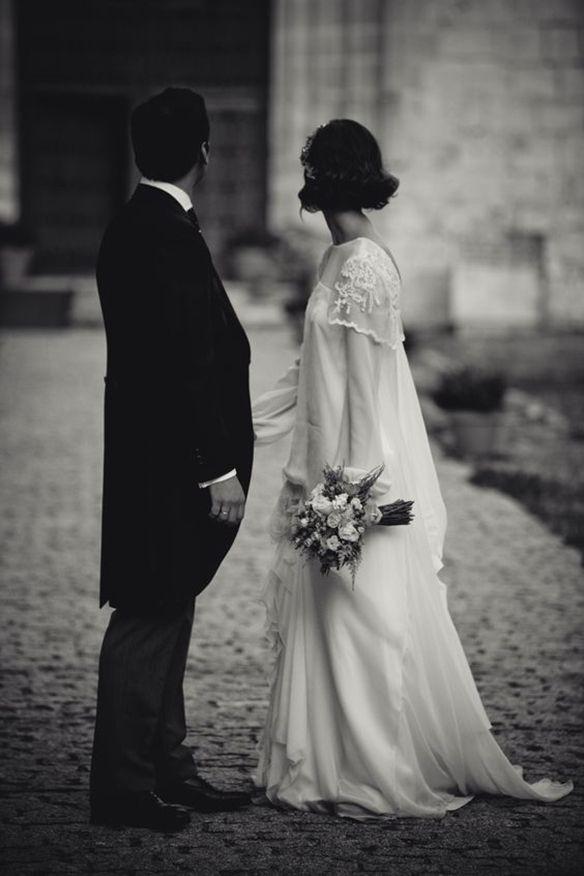 15-colgadas-de-una-percha-que-tipo-de-novia-eres-what-kind-of-bride-are-you-wedding-gown-dress-vestidos-de-novia-bodas-vintage-años-20-20s-1