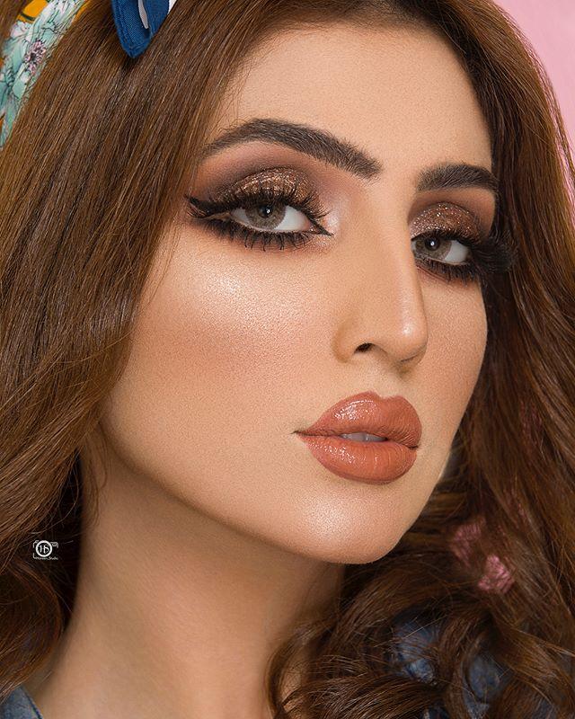 7a2ce7ed3 Pin de MC Estudio en Maquillaje para quinceañera en 2019