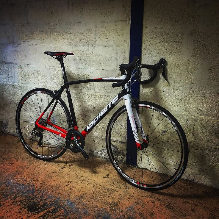 VELO LAPIERRE SENSIUM 300 (2016) PROMO -20% : 1279 au lieu de 1599 www.velobrival.com #velobrival #lapierre #velo #bike #promo