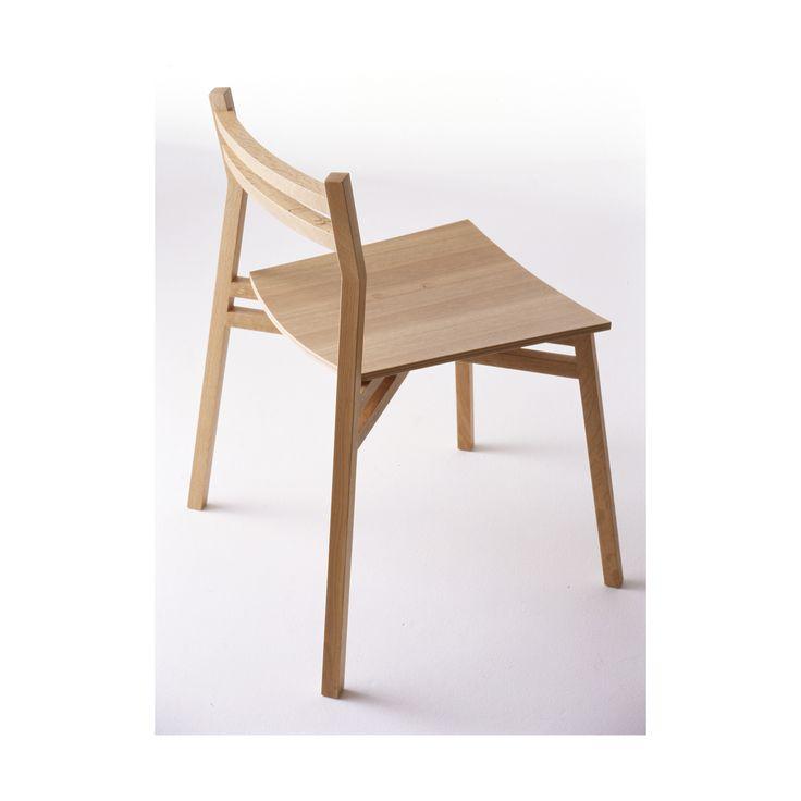 Armless chair a