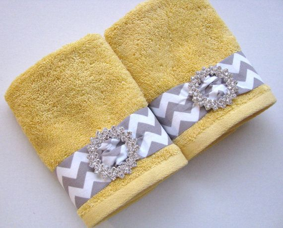 Best 20+ Grey Yellow Bathrooms Ideas On Pinterest