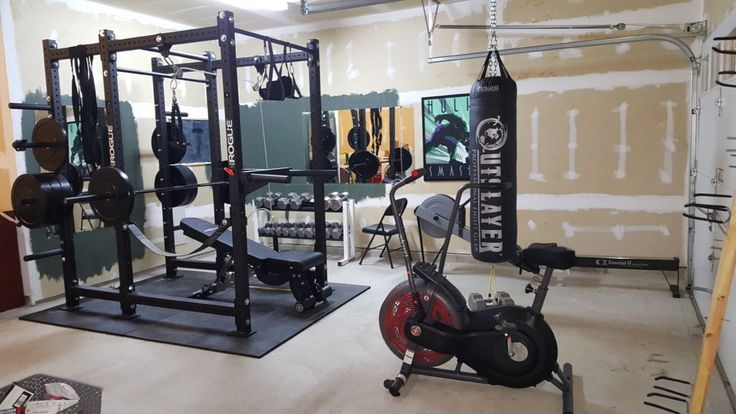 25 best ideas about home gyms on pinterest home gym room home gym decor and workout room decor - Images of home gyms ...