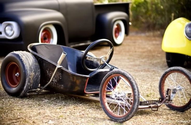 SoapBox Death Proof I am making one of these...  wheelbarrel seat and some minor frame work.....  Green way races here I come!