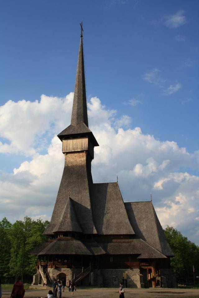 1525370_849877068380585_2830561482173223598_n.jpg (640×960)Mănăstirea Săpânţa-Peri - Maramureş, România