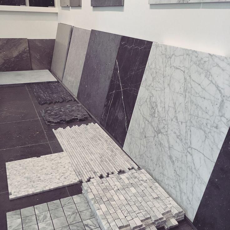 Vi har masse spennende fliser på lager - Fliser | mosaikk | inspirasjon | naturstein | kalkstein | carrara marmor | gulv | gang | kjøkken | baderom | stue  -  Tiles | mosaic | inspiration | ideas | natural stone | limestone | carrara marble | floor | entrance | kitchen | bathroom | living room