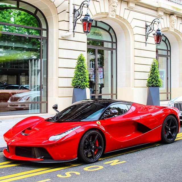 LaFerrari Follow #Ferrari #LaFerrari #FerrariLaFerrari