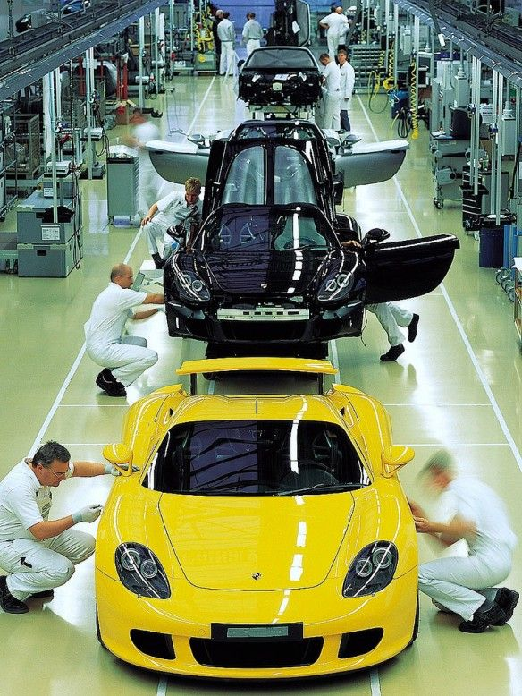 Porsche Carrera GT production line #porsche