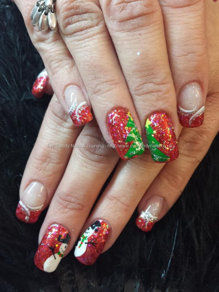 Red glitter with freehand christmas nail art