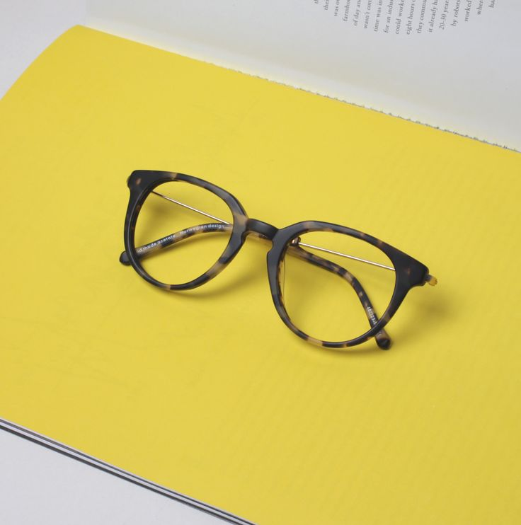 KAIBOSH | BIBLIO glasses in MID HAVANA. A rounder look with a sharper top line. Key-hole bridge adds to the retro feel whilst the thin metal temple keeps the overall look feeling fresh and light. Shop now at www.kaibosh.com
