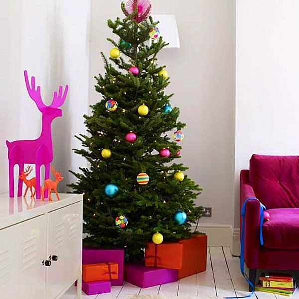 Modern Christmas Decorating Ideas - pink deer, boxes and decorations on tree